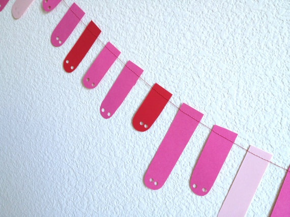 Valentine's Party Garland  Red and Pink Earthworm by jumbojibbles, $8.00