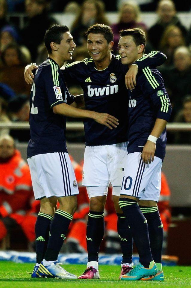 Angel Di Maria, Cristiano Ronaldo  Mesut Özil! Mis tiempos favoritos del Real Madrid