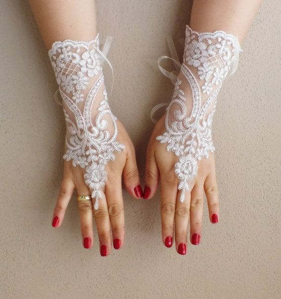 free shipping, Wedding Gloves, silver frame, lace gloves,Fingerless Gloves, , off cuffs, cuff wedding bride, bridal gloves, pale pink