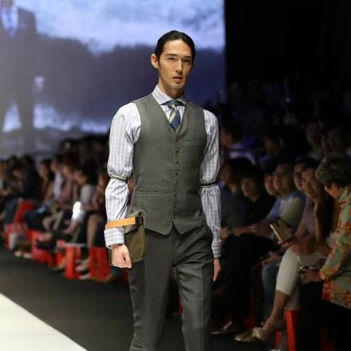 """The Rawrow R-Clutch was featured on the catwalk at the Benjamin Barker """"Still"""" showcase at Singapore Fashion Week. Purchase this bag for yourself online from us here > http://www.theassemblystore.com/collections/vendors?q=Rawrow"""