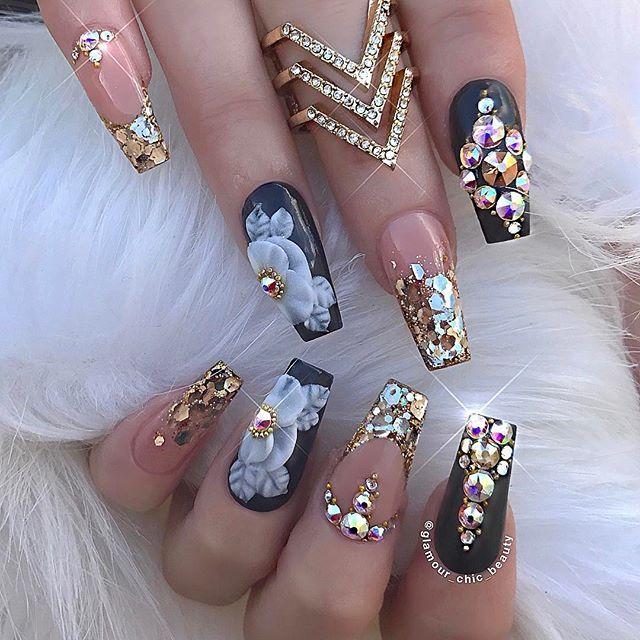 209 besten bling nude nails bilder auf pinterest lange fingern gel nagelkunst und hautfarbene. Black Bedroom Furniture Sets. Home Design Ideas