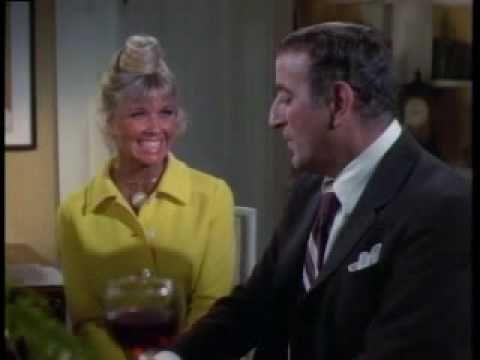 Tony Bennett on the Doris Day Show.  I Left My Heart in San Francisco