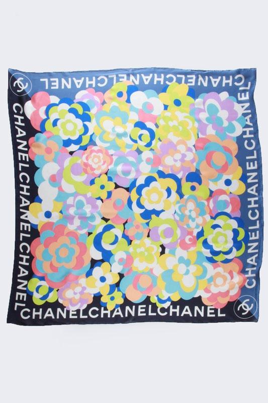Ooooh, Chanel.