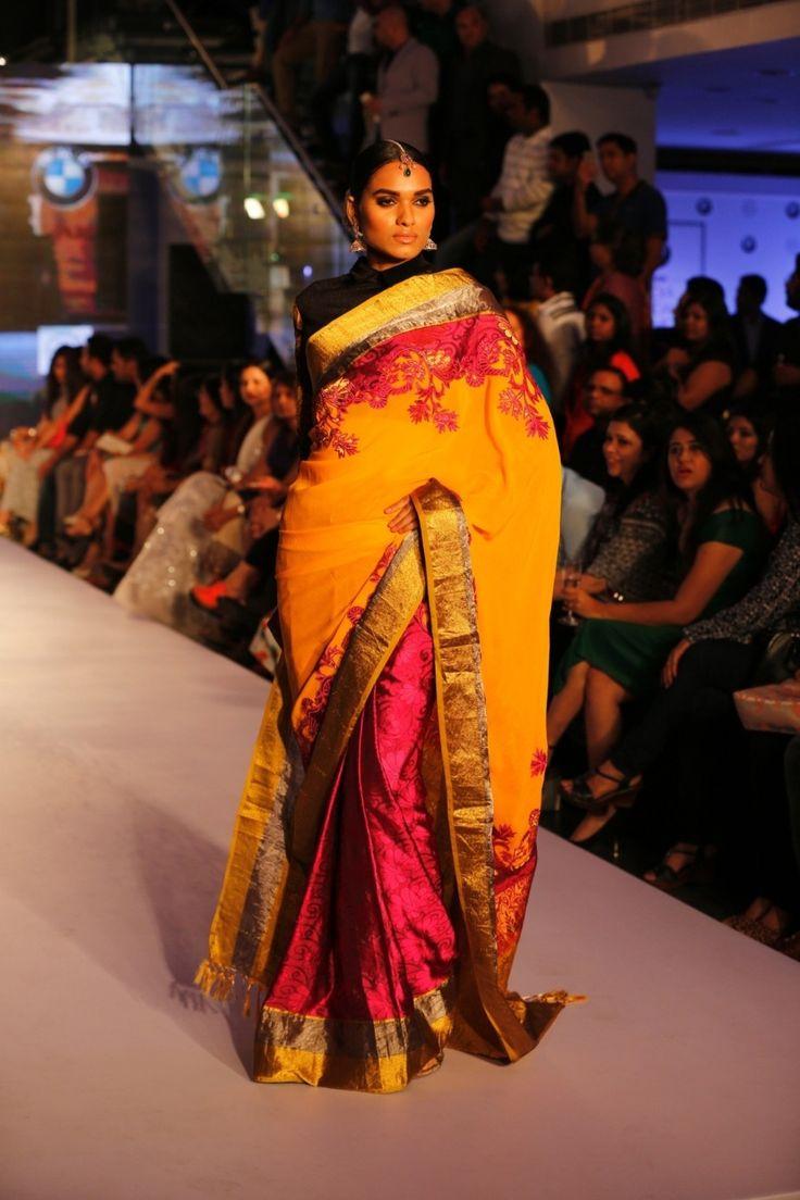 Pink Kanjivaram Silk Saree With Blouse #bandbaajaa.com #bandbaajaa #weddingsarees #weddingsaris #bridalsarees #bridalsaris #designersarees #designersaris #sarees #saris #weddingwear #weddingshopping #neetalulla #neetalullasaree