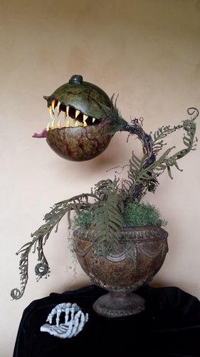 carnivorous plant prop by halloween forum member ooojen - Halloween Props 2016