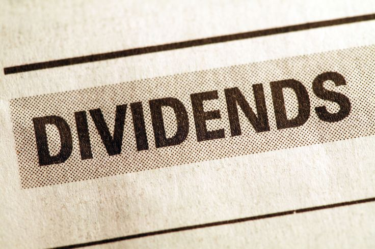 These stocks and ETFs offer options for yield-seeking investors.
