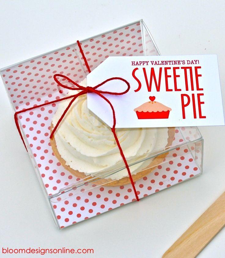 FREE Sweetie Pie Valentine's Tags on { lilluna.com } #valentinesPies Tags, Free Sweetie, Pies Valentine, Valentine Tags, Sweetie Pies, Free Prints, Gift Tags, Free Printables, Pies Gift