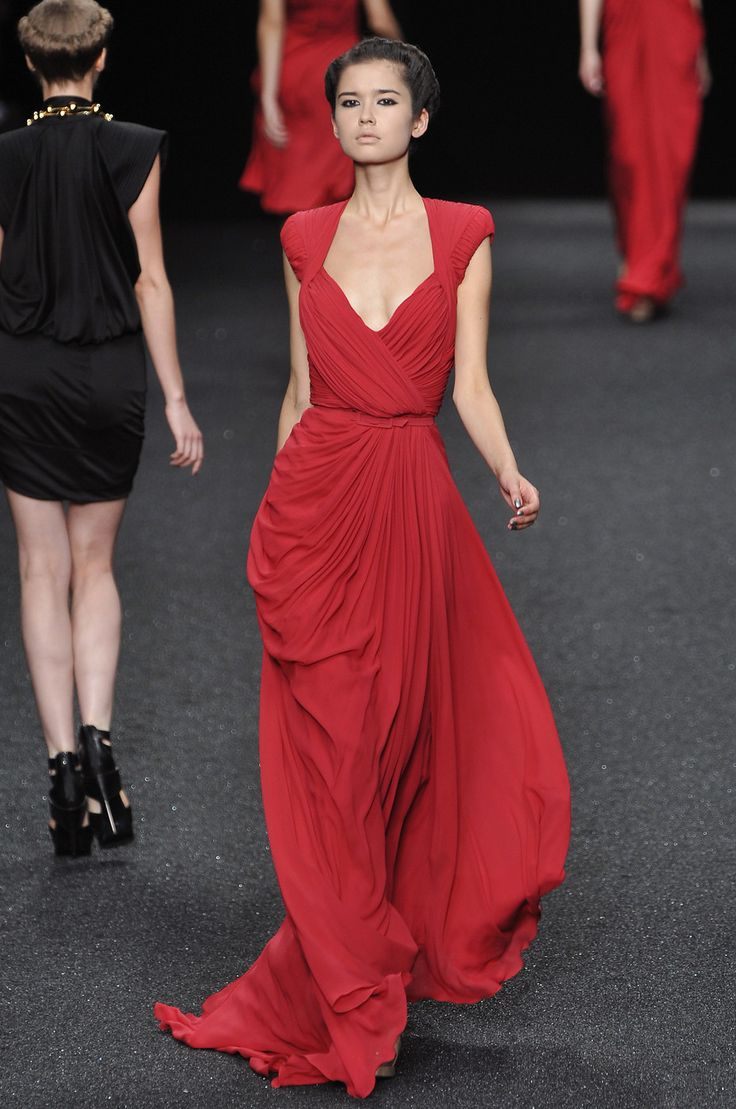 Elie Saab at Paris Fashion Week Spring 2010
