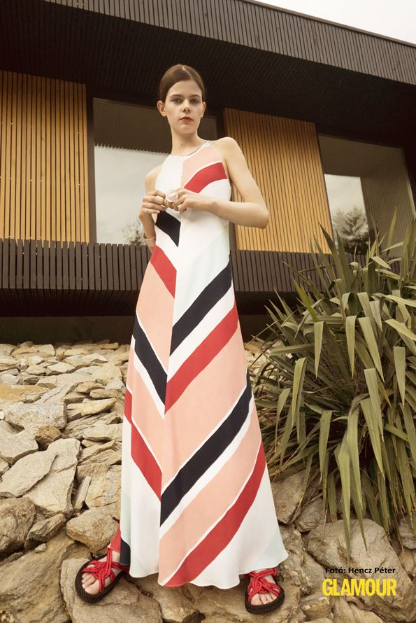 Csíkos is, maxi is, trendi is.Maxi stripes on a maxi dress - let's have great summer holidays!