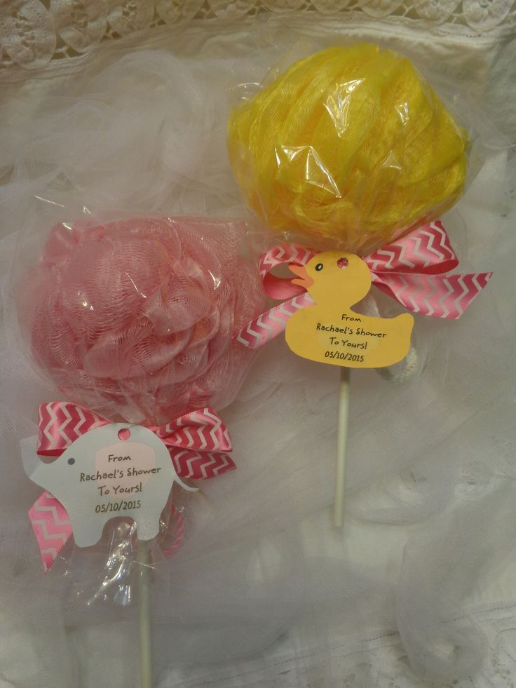 I have created this cute body pouf/ lollipop topped with your favorite shower theme tag! What a fun way to say thank you to your quest! It is alway great to give a practical gift that your guest can use after the shower.The tag reads From (name of new Mommy) shower to yours with the shower date also on the tag! I can create for you a tag of your choice to match your baby shower theme!