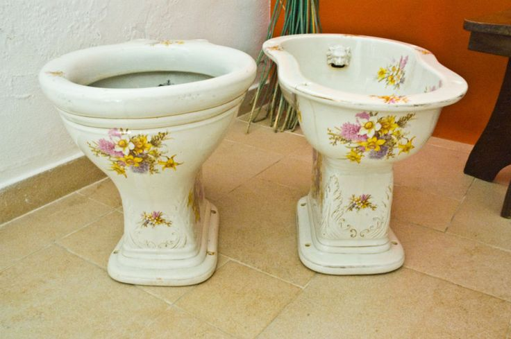 Antique Set of Hand Painted Ceramic Bath Toilet & Bidet from  XIX Century #Victorian