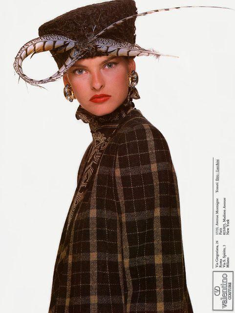 LINDA EVANGELISTA Valentino Ad   1987