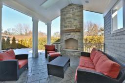 http://www.realtor.ca/propertyDetails.aspx?PropertyId=15234361