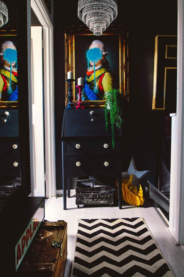 Pati's dark and maximalist mini home  - desire to inspire - desiretoinspire.net