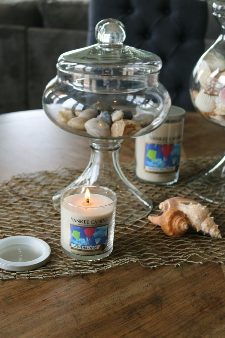 I can almost feel summer in the air with these candles! Today I'm sharing the New Summer Yankee Candle® Fragrances! ‪#‎ad‬