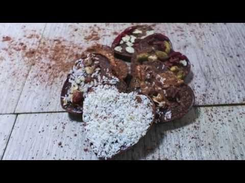 Healthy Raw Chocolate Bark Recipe - Sophie Guidolin