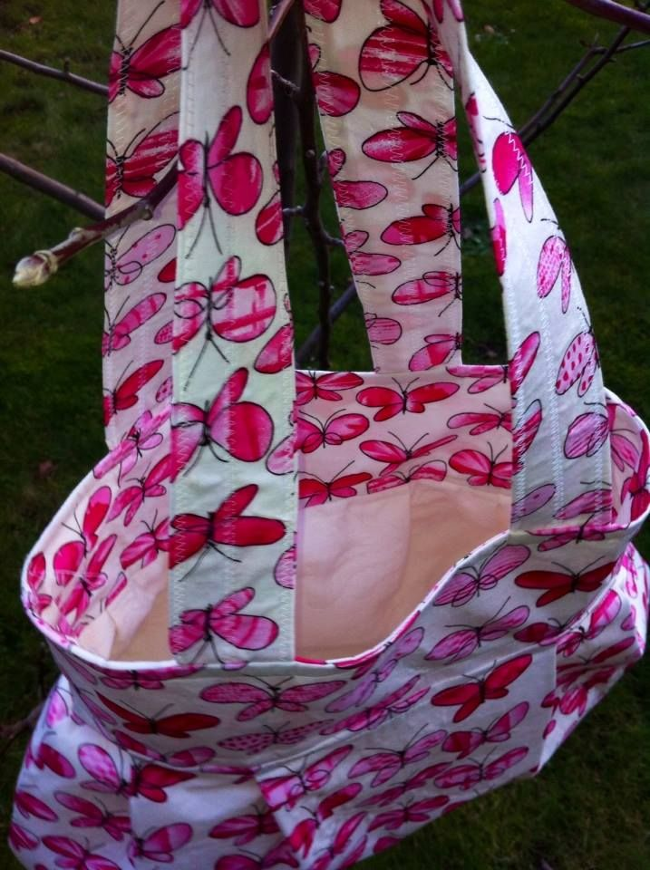 Butterfly bag in Thai cotton with cream lining