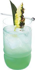 Recette à base de vodka aromatisée à la cerise du cocktail Chéri Fizz. Informations sur la préparation de la boisson, l'alcool, les ustensiles et les ingrédients nécessaires.