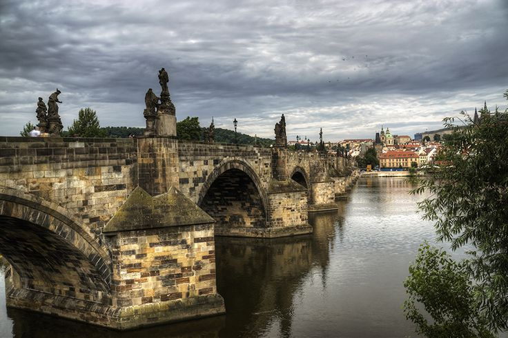 charles bridge by inayatshah