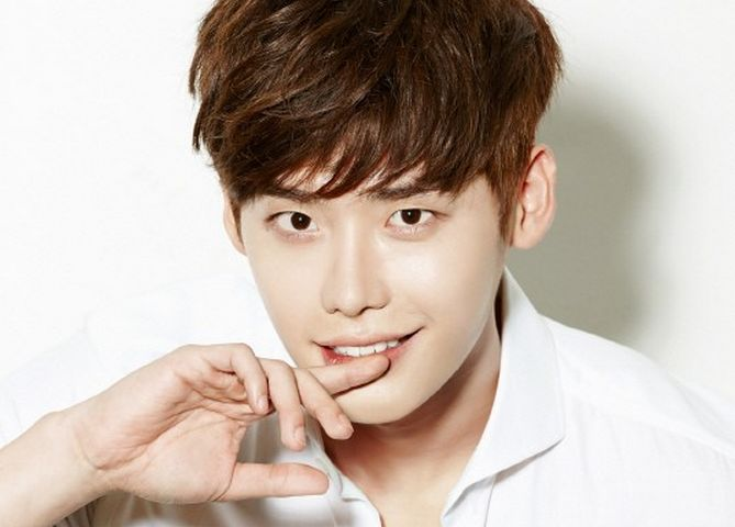 Seoulmates Profile: Everything You Need to Know About Lee Jong Suk