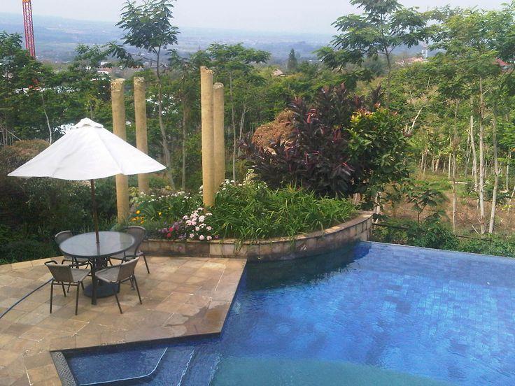 pool @ villa della scala Batu