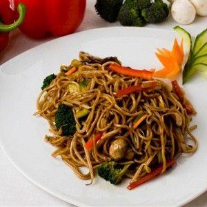 Овощи по-тайски с вермишелью