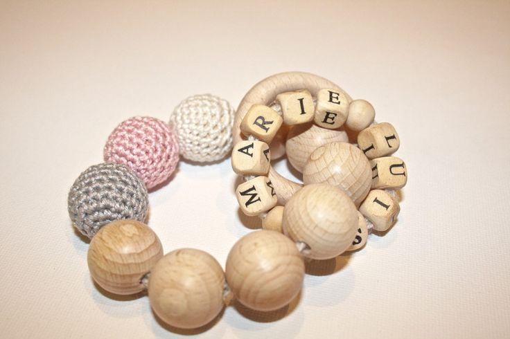 Holzspielzeug - Holz - Beißring Zahnungshilfe Greifling mit Namen - ein Designerstück von for-little-monsters bei DaWanda