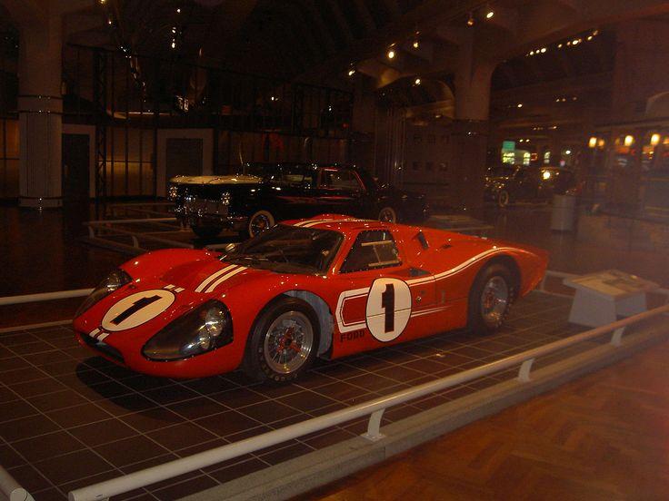 Ford GT40 Mk IV.