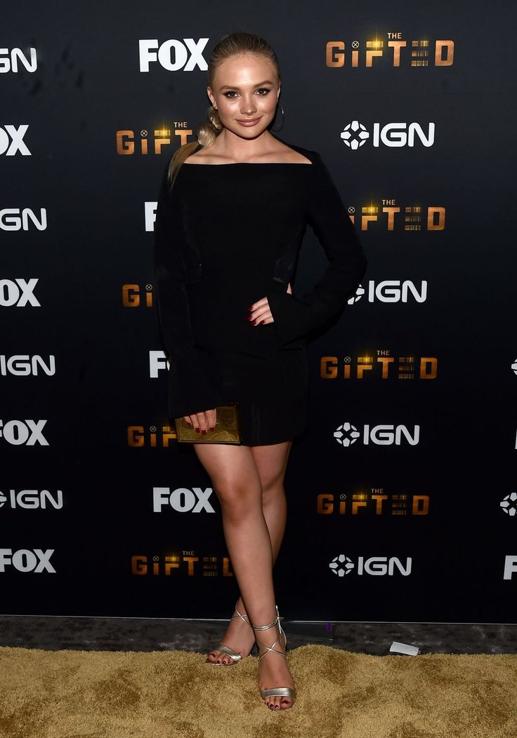 Paparazzi : NATALIE ALYN LIND à The Gifted Party à Comic-con à San Diego 21/07/2017
