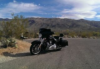 Good Bikers (GB): Steering Through Sticky Situations : Freeway Ridin...