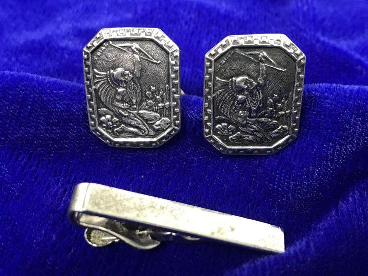 JUST ADDED - Vintage Sterling Silver Signed Mexican Cufflinks And Sterling Silver Tie Clip 19.9g