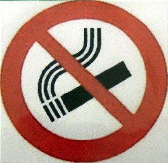 """<span lang =""""it"""">L'EUROPA CHE MI PIACE</span>In questo articolo dal titolo L'EUROPA CHE MI PIACE trovi informazioni assolutamente da prendere a volo perché tra esse ce ne sono di sconcertanti ma utili per preservare la tua  incolumità. Un assaggio: il fumatore che getta la sigaretta prima di rientrare in casa propria ove ci sono i suoi familiari, anche bambini piccoli, per tre minuti continua a liberare nell'ambiente circostante sostanze nocive per la propria ed altrui salute."""