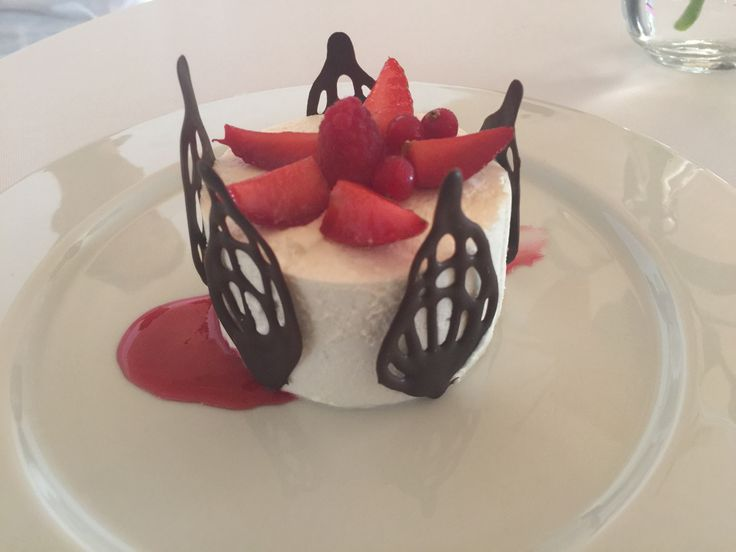 Dishes / Platos #wedding #party #Ibizawedding #Ibizaweddings #weddingparty #bride #groom #bridesmaids #happy #happiness #unforgettable #love #forever #weddingdress #weddinggown #weddingcake #family #smiles #together #ceremony #dishes #marriage #weddingday #gastronomy #celebrate #instawed #instawedding #food #congrats #boda #Ibiza