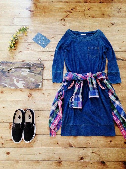 アクセサリー/atelier bloom・ワンピース/JOURNAL STANDARD(outlet)・シャツ/used・クラッチ/DHOLIC・shoes/VANS #DenimDress #PlaidShirt #Spring #Style #Fashion #Casual