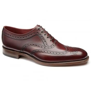 130 years of bench-made shoe making techniques go into making every pair of these men's Loake Fearnley. This stylish brogue shoe is made from soft calf leather, featuring fine punched brogue detail and a Goodyear Welted sole, with a natural edge finish. http://www.marshallshoes.co.uk/mens-c1/formal-c4/loake-mens-fearnley-burgundy-leather-brogue-shoes-p4891