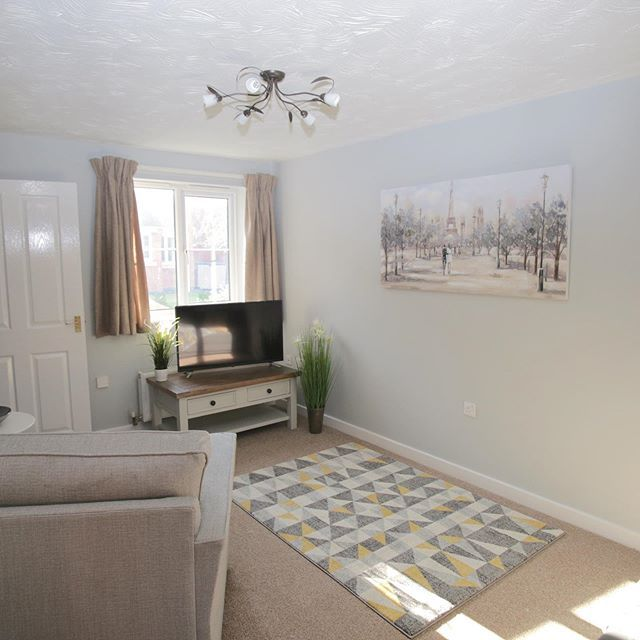 Gateway House Kegworth Is Less Than 3 Miles From The Departure Lounge At East Midlands Airport Perfect For Airport East Midlands Airport House Accommodations