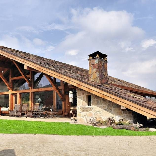 #rustic #modern #house #slate #roof #wood #beams #stone #windows #brown #neutral