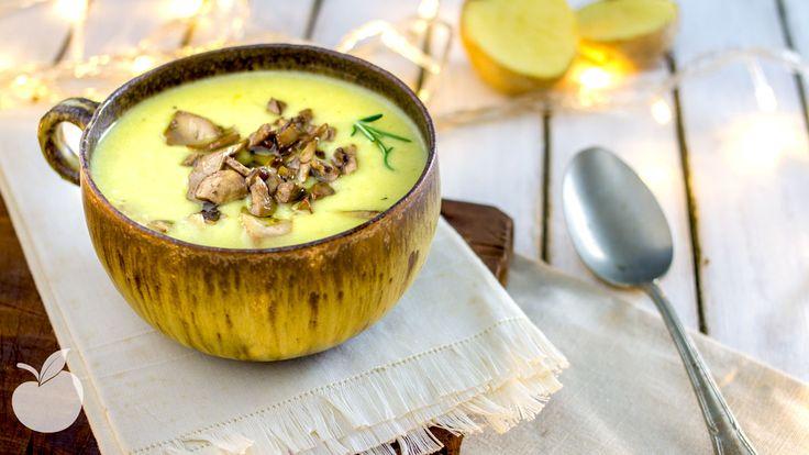 E' tra le più famose e rifatte, eppure la zuppa di patate non l'avevo ancora mai preparata, mi ero al massimo limitata...