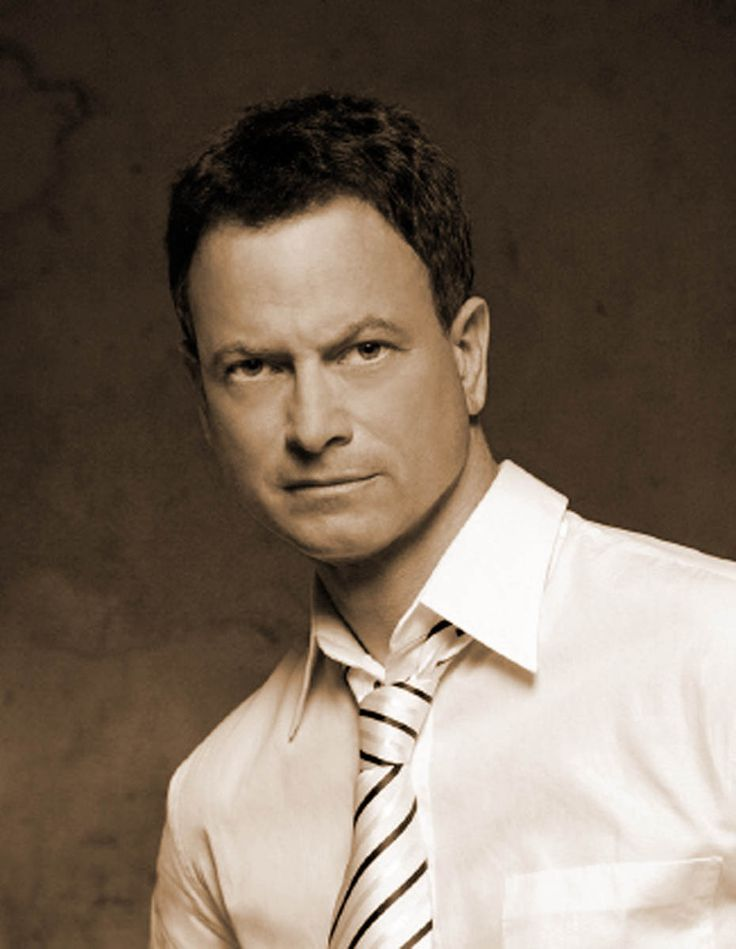 Gary-Sinise./.....Seriously a fine actor, and I miss CSI-NY.  It was an excellent show and miss it.