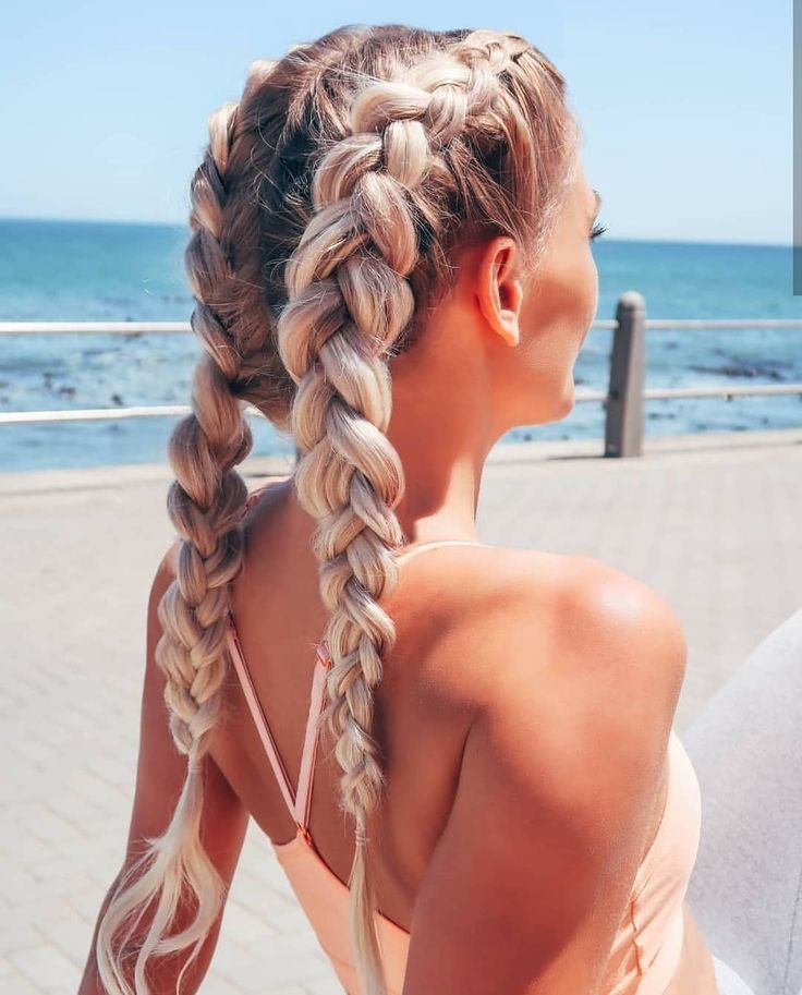 Best Workout Hairstyles For Practical & Cute Gym Hair