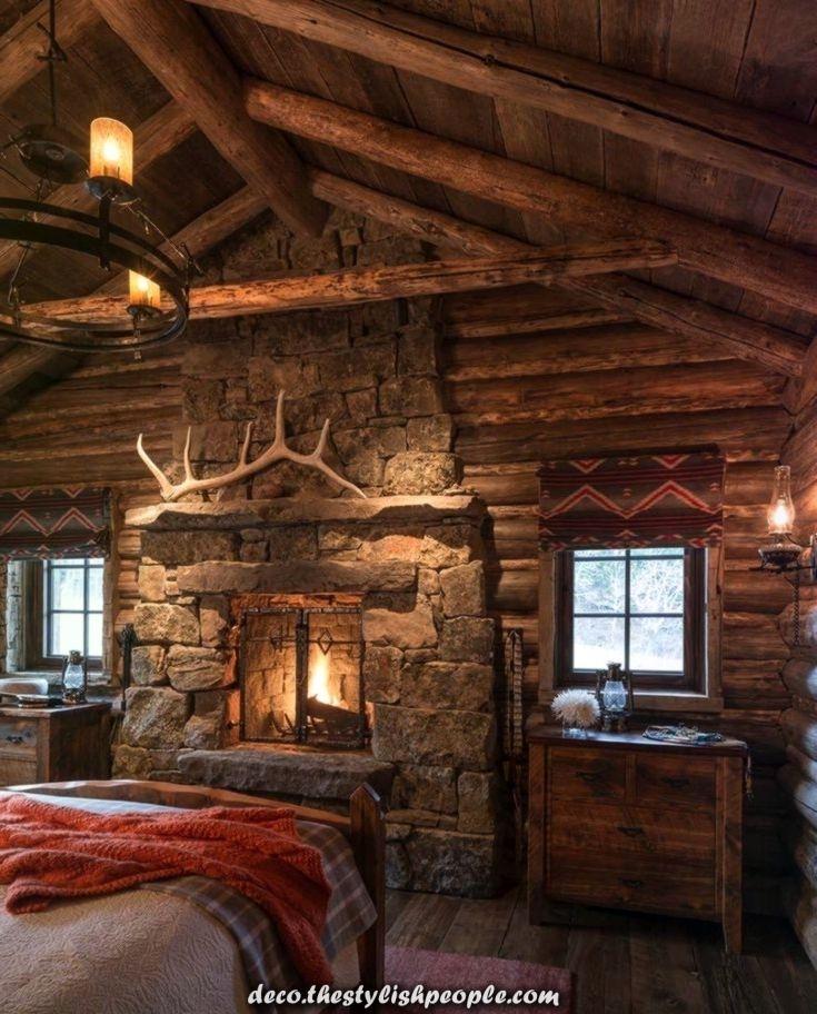 Rustikal Moderne Berghutte In Dieser Rauen Landschaft Von Montana