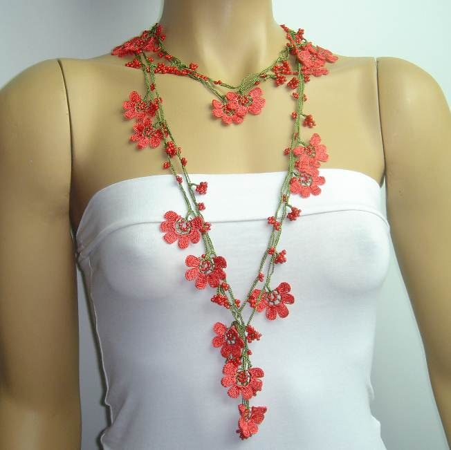 Christmas necklace Coral RED Crochet beaded lariat. $25.00, via Etsy.