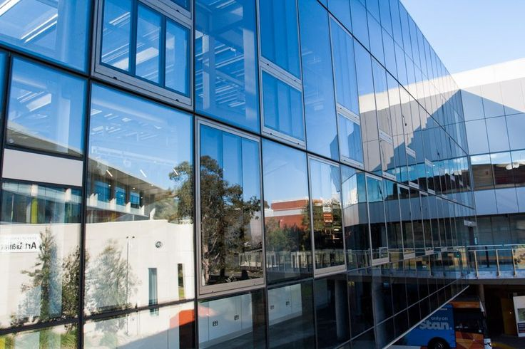 The Central Precinct Infill at Deakin University features U-MAX thermally broken window systems. #ispyai #sustainablebuilding