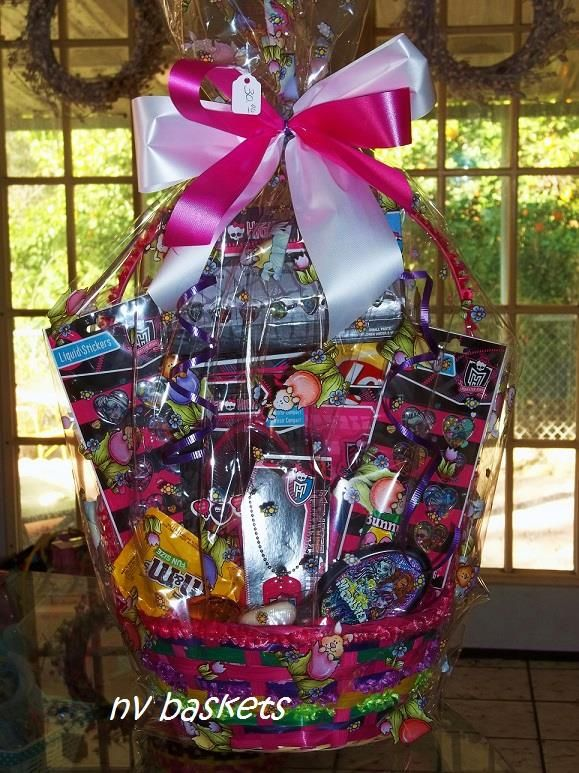 31 best monster high easter basket images on pinterest easter lots of goodies negle Image collections