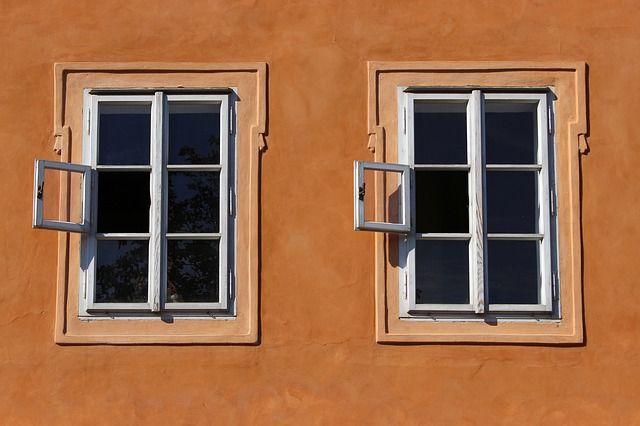 Stará okna nepatří do odpadu. Nevěříte? Přesvědčte se v článku :) http://www.slovaktual.cz/clanky/viete-ze-stare-okna-sa-daju-premenit-na-nieco-uzasne/
