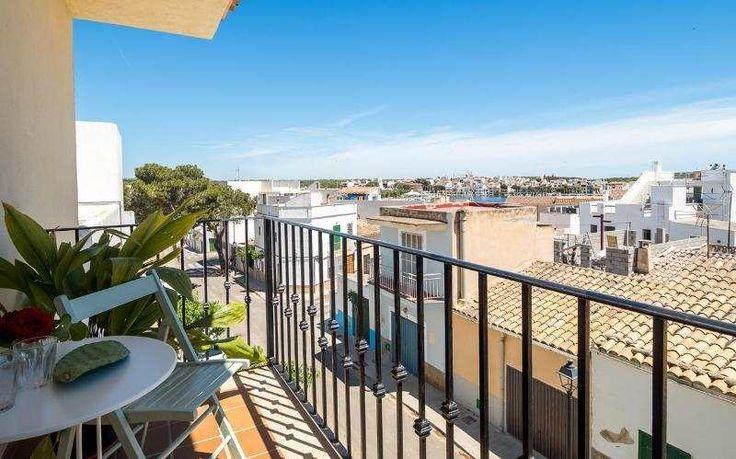Gepflegte 115m² 3-Raum-Wohnung mit Balkon & kompletter Küche: Im Fischerort Porto Colom im Inselosten gelegen befindet sich diese gepflegte, helle, funktionell eingerichtete...