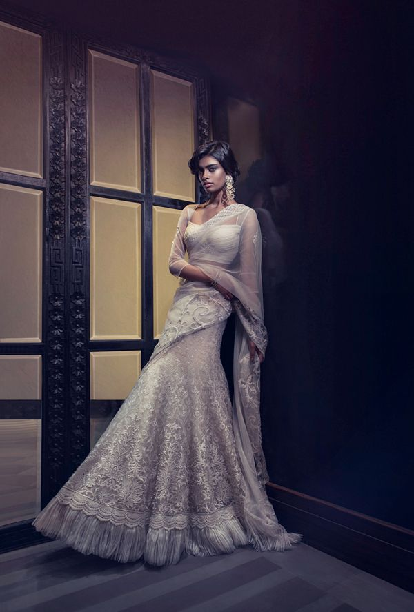 gorgeous white lehenga sari by Tarun Tahiliani