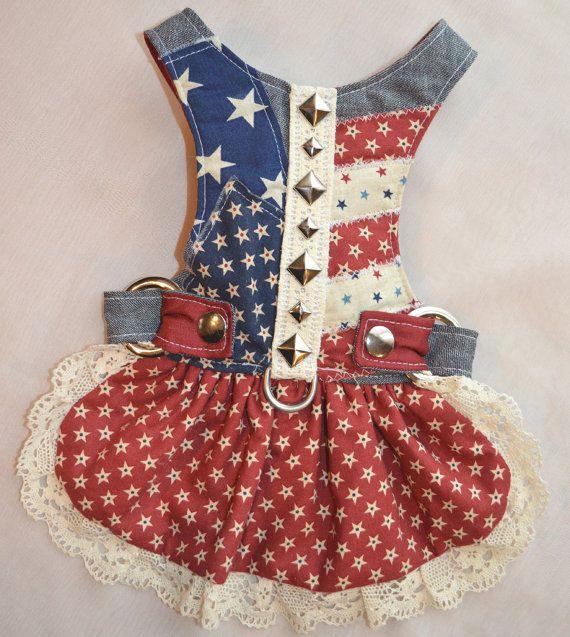 Dog Harness Dress Americana por FooFooFido en Etsy