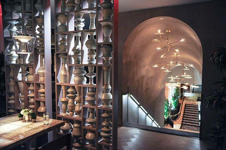 Slideshow: Yabel Pushelberg Toast Zachary Quinto at the Clement Restaurant of the Peninsula Hotel | BLOUIN ARTINFO