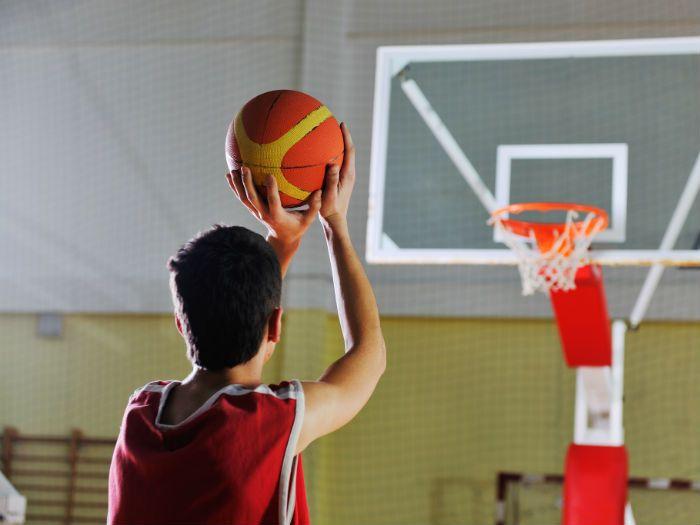 Tabara internationala de baschet si engleza la Colegiul Fisher Boston, SUA. Aceasta tabara pentru copii combina cursurile de limba engleza cu antrenamentele de baschet. Pentru detalii: 0736 913 866 office@mara-study.ro www.mara-study.ro